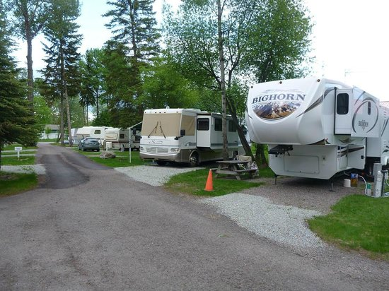 Camping World Council Bluffs >> Road into RV Park - Picture of Glacier Pines RV Park, Kalispell - TripAdvisor