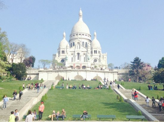 sacre coeur   gardens picture  sacred heart