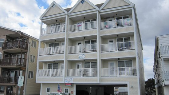 Photo of Atlantic Breeze Suites Hampton