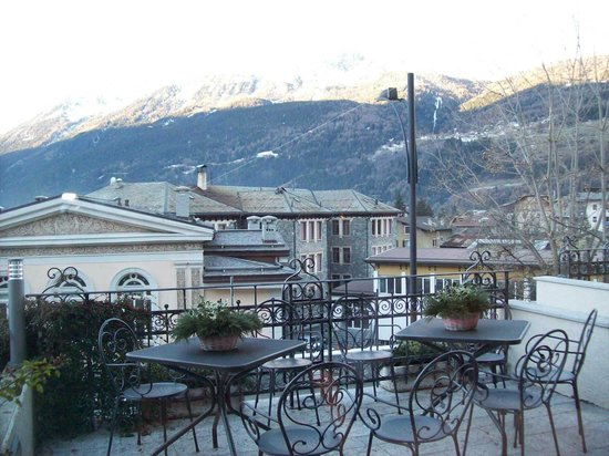 Bormio pictures traveller photos of bormio province of for Hotel meuble sertorelli reit bormio