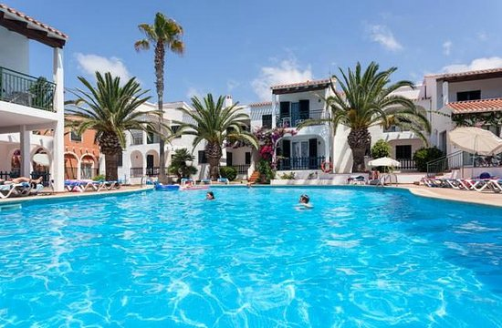 Photo of Apartamentos Roc Oasis Park Cala'n Blanes