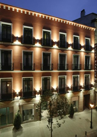 Photo of Petit Palace Tres Cruces Centro Madrid