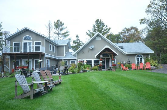 ‪The Muskoka Rose Guest House and Retreat‬