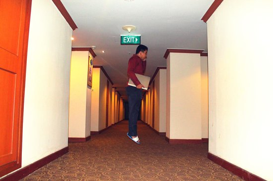 Planet Holiday Hotel: Me levitate