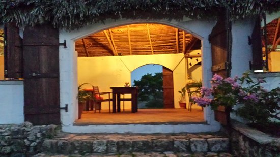 Hacienda Tropical Guest House