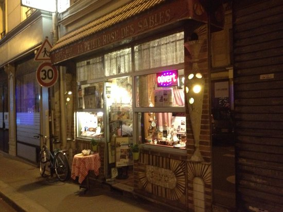 La Petite Rose des Sables, Paris Restaurant Reviews