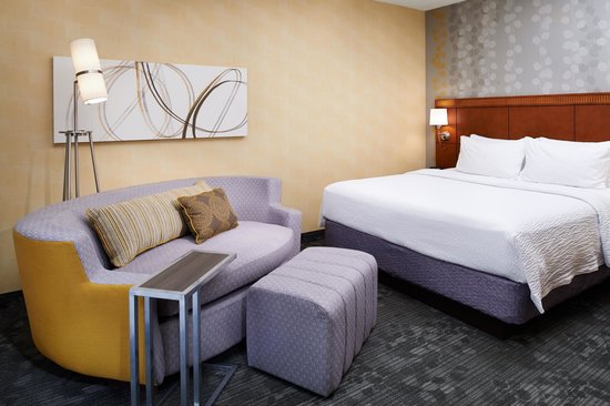 Courtyard by Marriott Columbus Dublin