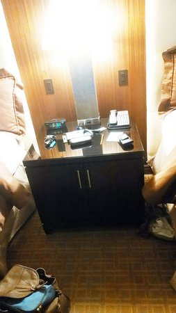 Ameristar Casino Resort Spa St. Charles: nightstand bigger than most dressers in rooms