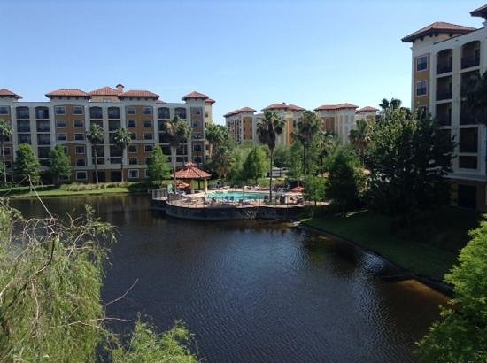Floridays Resort Orlando: view of small pool from balcony(block F)