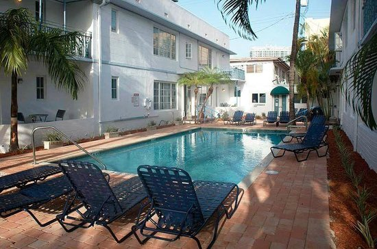 Photo of Courtyard Apartments Miami Beach