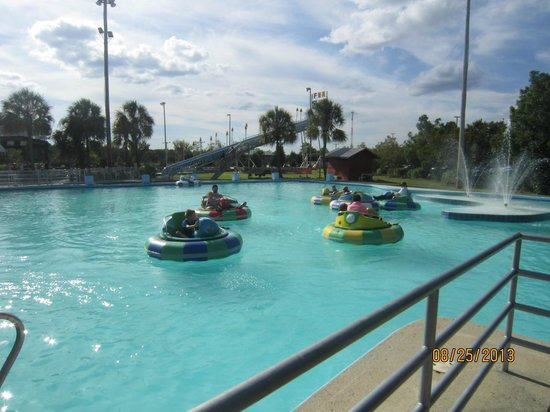 Bumper boats picture of frankie 39 s fun park north for Fun things to do in charleston sc