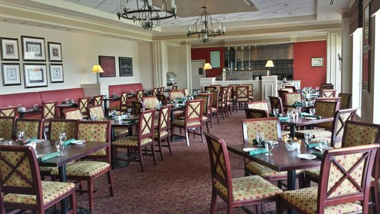dinning area picture of hilton garden inn suffolk