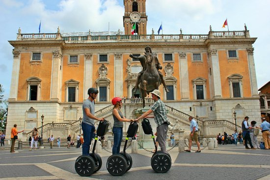 Rolling Rome Segway and Golf-Cart Tours