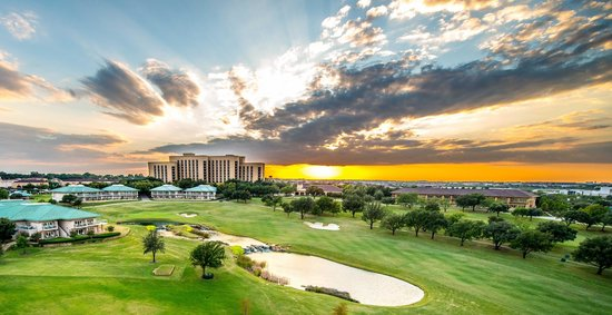 Four Seasons Dallas at Las Colinas Photo