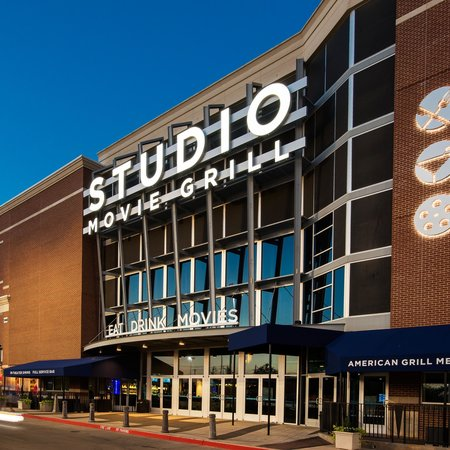 reviews of Studio Movie Grill - Epicenter
