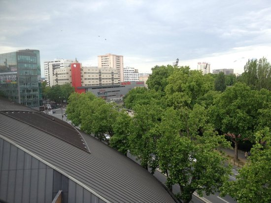 View from room photo de hotelf1 paris porte de ch tillon - 23 avenue de la porte de chatillon 75014 paris ...