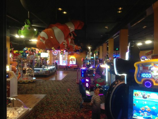 Arcade Picture Of Great Wolf Lodge Niagara Falls