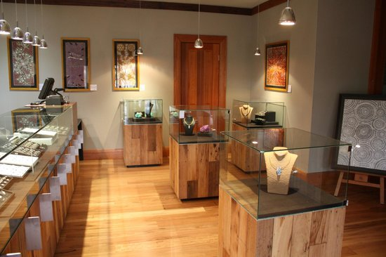 BIG4 Stuart Range Outback Resort: Gaea Gems Opal Shop