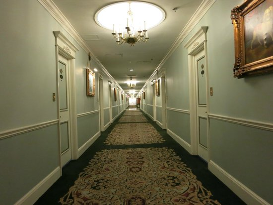 Creepy hallway - Picture of Le Pavillon Hotel, New Orleans - TripAdvisor