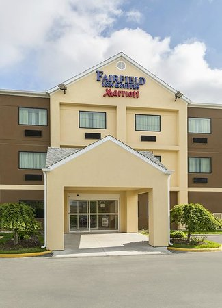 ‪Fairfield Inn & Suites Springfield‬