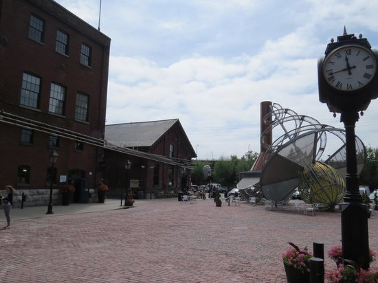 Distillery Historic District: Main street