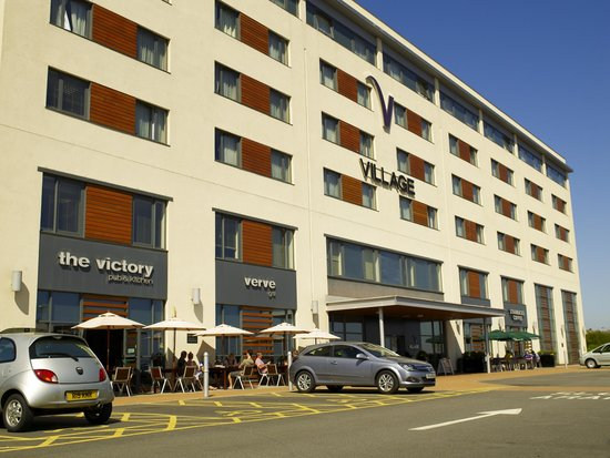 Village Urban Resort Swansea