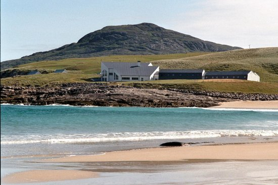 Isle of Barra Beach Hotel