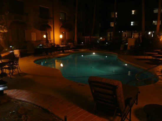 Indoor Pool And Hot Tub Picture Of Radisson Hotel El Paso Airport El Paso Tripadvisor