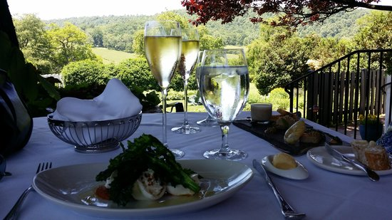 The Ashby Inn & Restaurant: Brunch Heaven on the porch at the Ashby