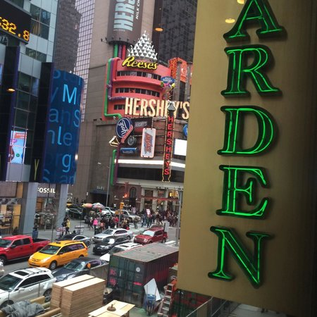 Olive View In Times Square Picture Of Olive Garden New