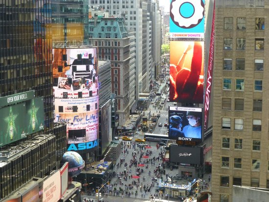 Fantastic views of times square photo de new york for 1250 broadway 30th floor new york ny 10001