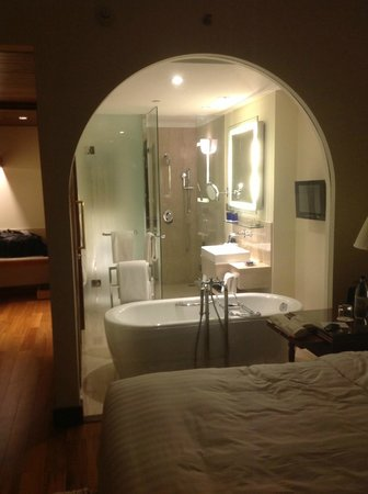 The Oberoi, Bangalore: A first-class suite