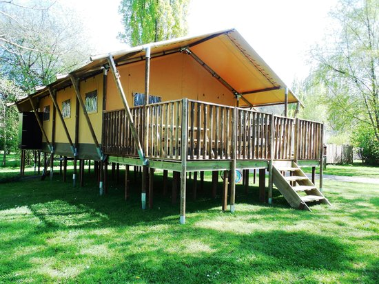 camping art nature village la gacilly france avis camping tripadvisor. Black Bedroom Furniture Sets. Home Design Ideas