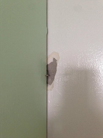 Nock Apartments: Holes in the wall