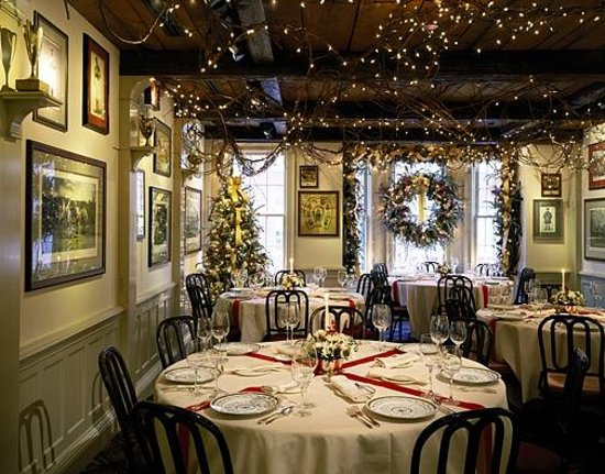 Christmas Decorations in the dining area  Picture of 1789  ~ 031218_Christmas Decoration Ideas For A Restaurant