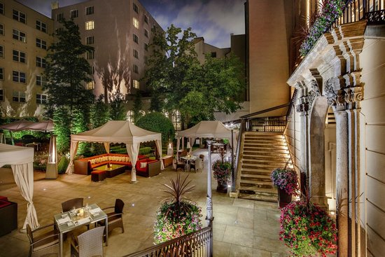 Courtyard garden picture of the mark luxury hotel prague for Luxury hotels prague