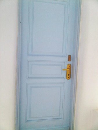 Агиос-Стефанос, Греция: What's my room number? The secret room with no number is to conduct experiments on guests I thin