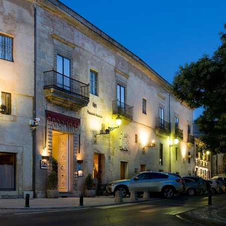 Photo of NH Palacio De Oquendo Hotel Cáceres