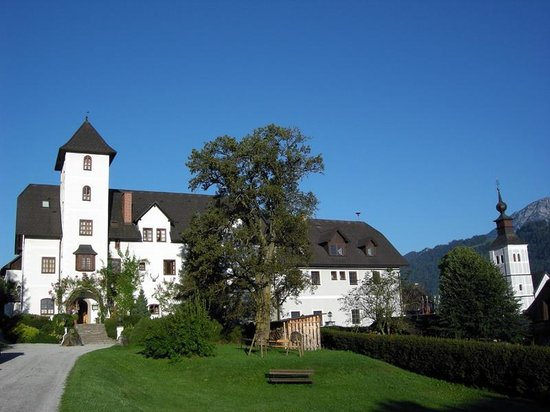Photo of Hotel Schloss Thannegg Gröbming