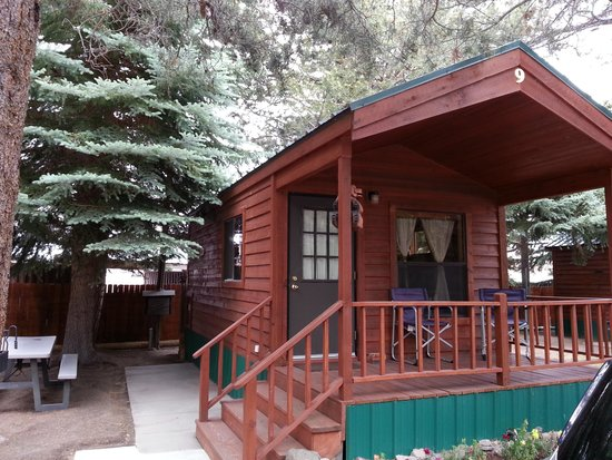 Lake View Lodge: Cozy cabin Number nine