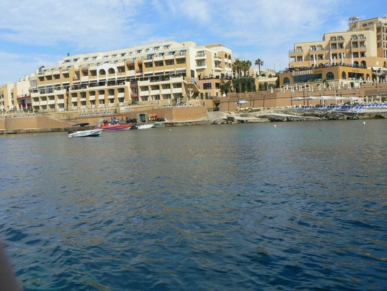 Marina Hotel Corinthia Beach Resort: view from the sea