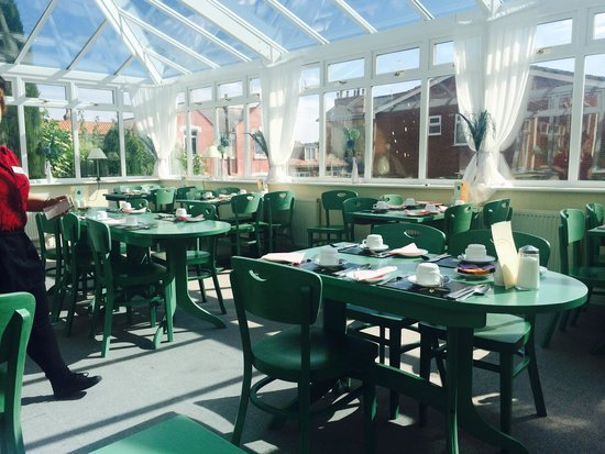 Pool Picture Of Green Gables Hotel Scarborough Tripadvisor