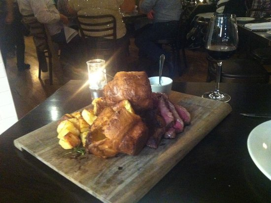 Roast Beef & Yorkshire Puddings - Picture of Papa goose, Melbourne ...