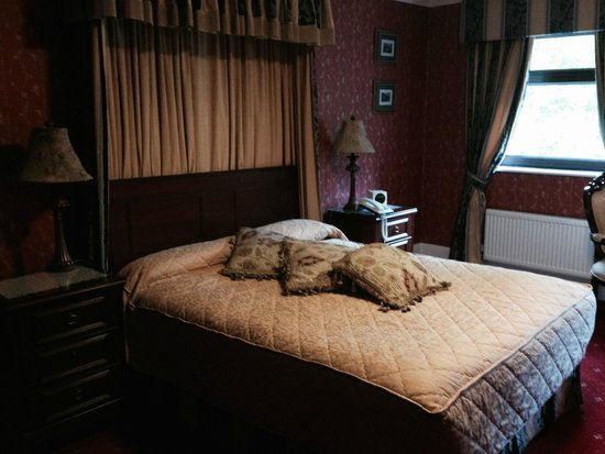 The Lodge: Great bed!