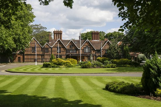 Photo of Macdonald Alveston Manor Stratford-upon-Avon
