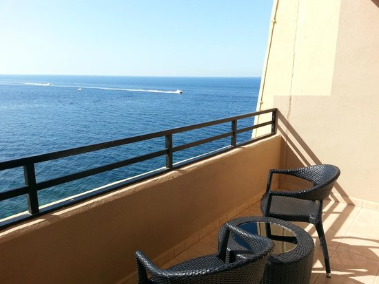Balcony picture of radisson blu resort malta st julian for Julian balcony