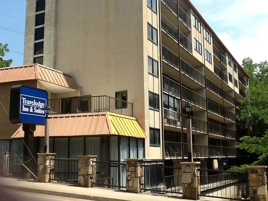 Photo of Travelodge Inn & Suites Gatlinburg