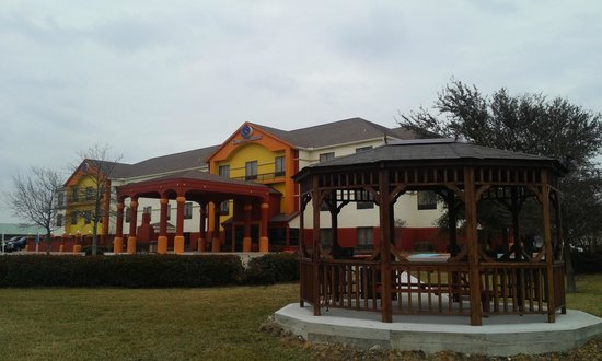 Comfort suites la porte tx hotel reviews tripadvisor for Attractions in la porte tx