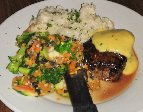 ... with Bearnaise Sauce, Garlic Whipped Potatoes and Sauteed Vegetables