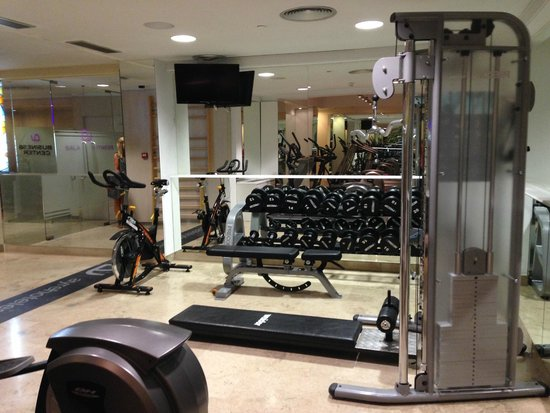 Small gym picture of ayre gran hotel colon madrid